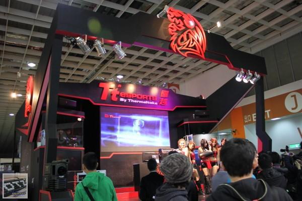 TGS 2012: Tt eSPORTS,展出 White-Ra 系列產品