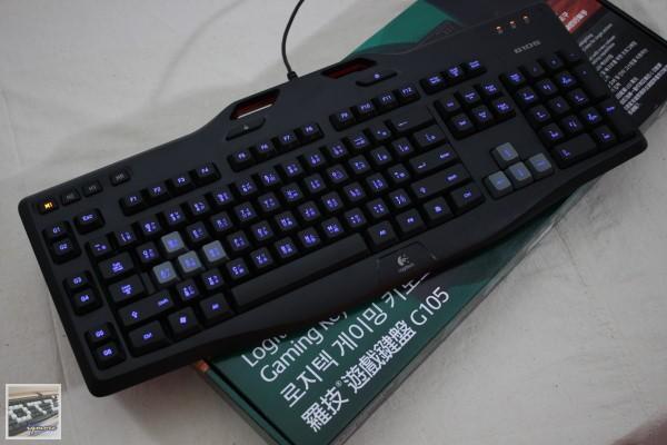 羅技 Logitech G105 薄膜式背光遊戲鍵盤 評測,3段式藍色背光與巨集功能設定