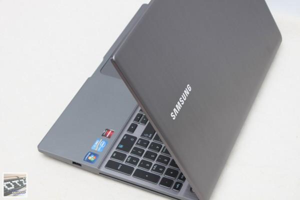 Samsung Series 7 NP700Z5A-S02TW 極致效能系列 筆記型電腦評測 (三星筆電)