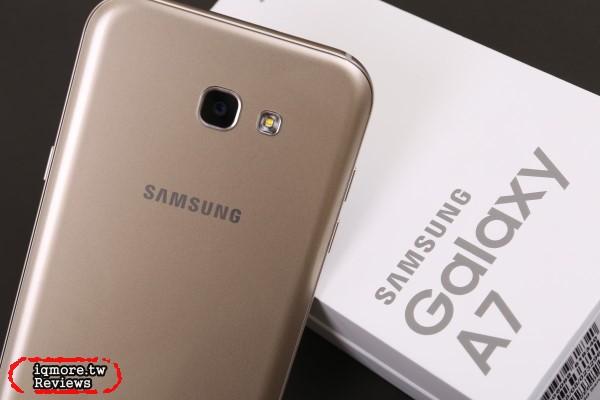 Samsung Galaxy A7 (2017)智慧型手機評測,IP68防水美拍機
