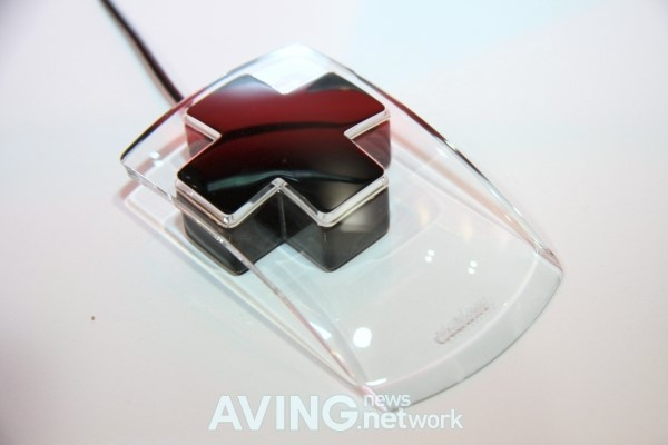 CES 2011: Dadam Riplus Mouse 玻璃透明滑鼠