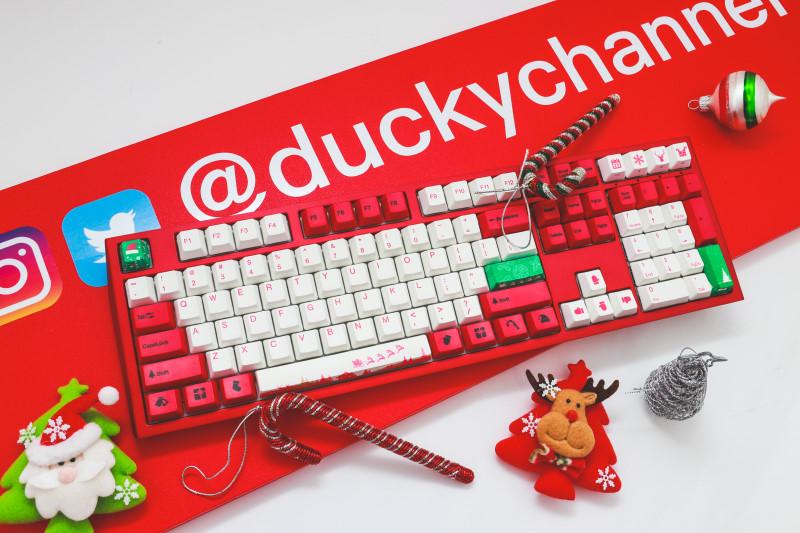 Ducky Shine 7 聖誕節限定版鍵盤上市!滿滿聖誕味
