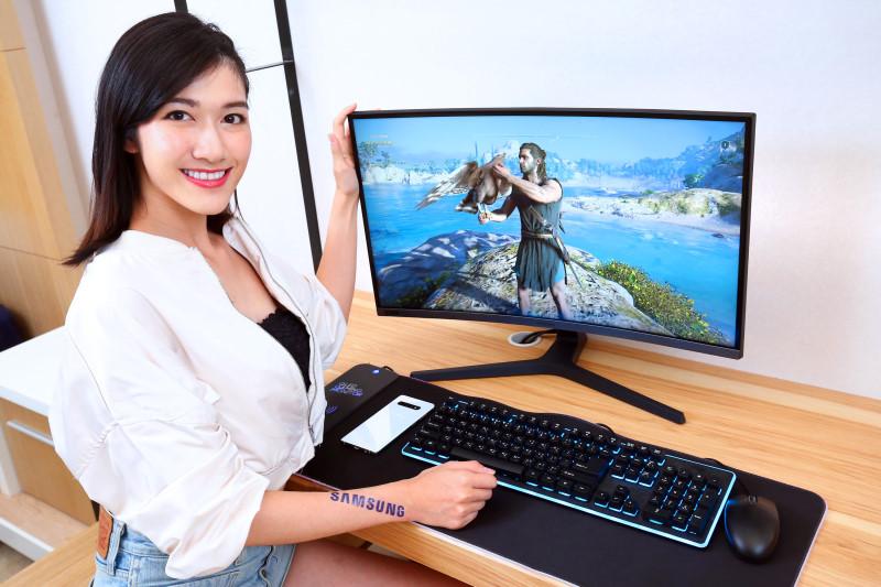 三星 Samsung  C27RG5 全球首款27吋240Hz曲面電競顯示器,FHD解析度支援G-Sync更流暢且低延遲