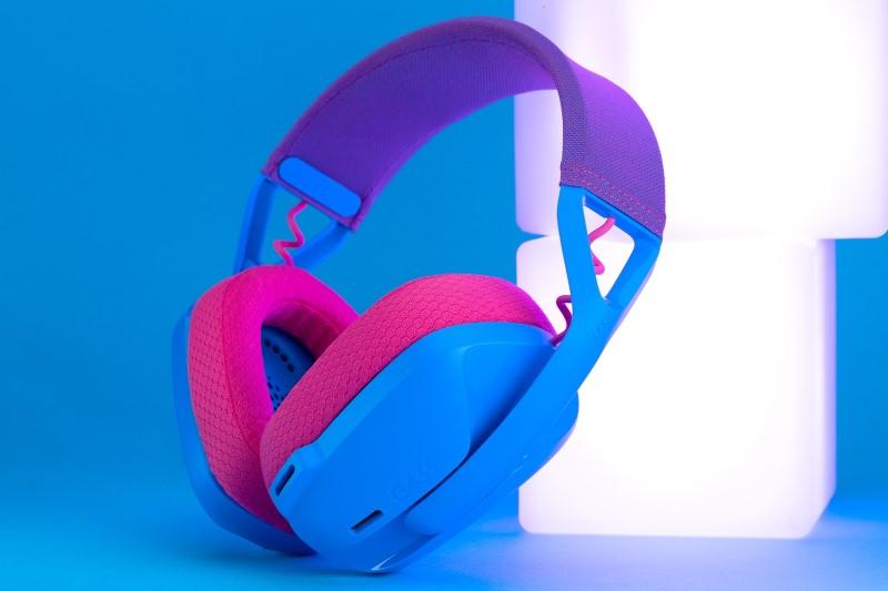 Logitech G G435 雙模無線藍牙耳機,165克輕量上市