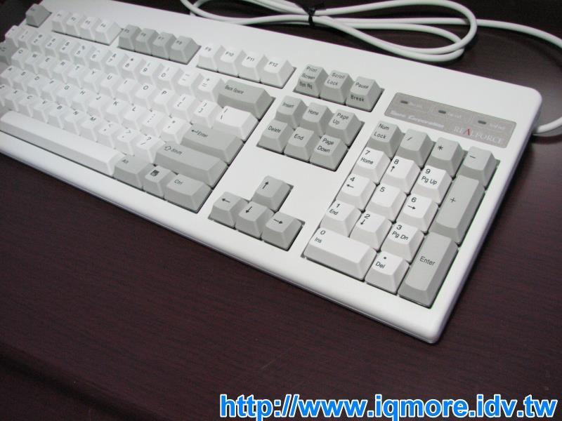 Topre Realforce 103 無接點靜電容量式鍵盤評測