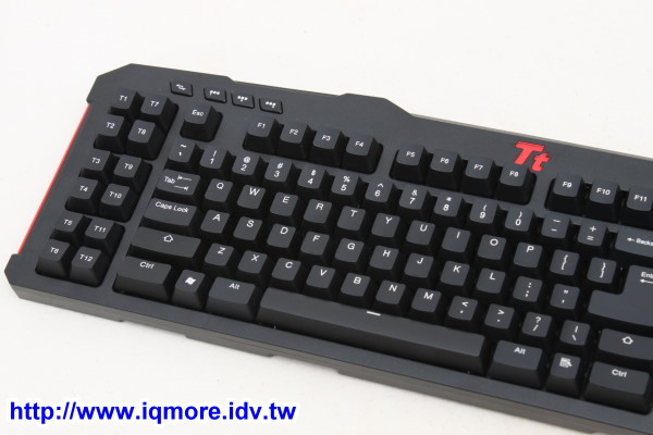 Tt eSPORTS MEKA G Unit 拓荒者 G-Unit 機械式電競鍵盤評測,跨Profile輸出巨集功能