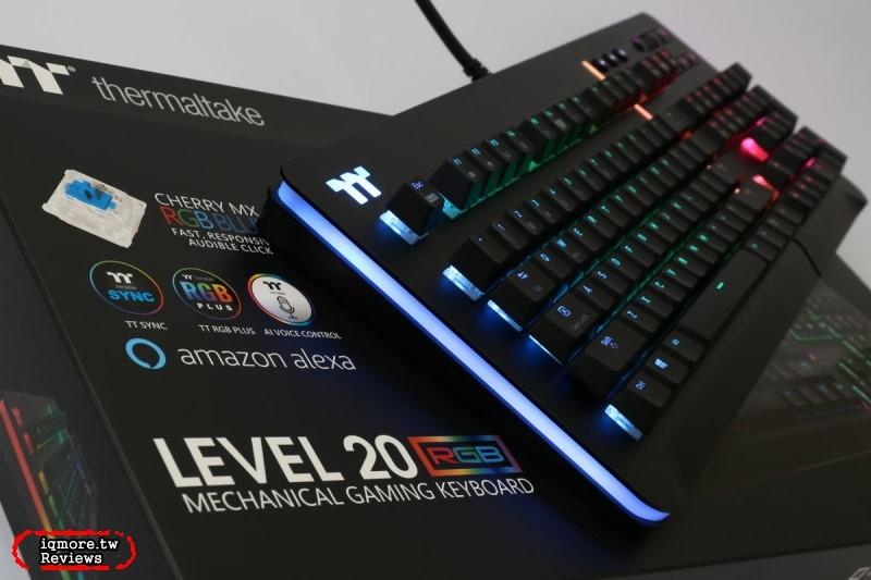 曜越 Thermaltake Level 20 RGB 電競鍵盤拆解評測,鋁金屬上蓋搭側邊RGB幻彩燈光更有質感